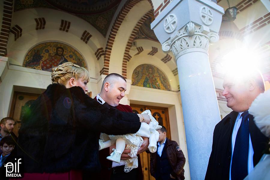 Fotografii de la botezul Mariei 42