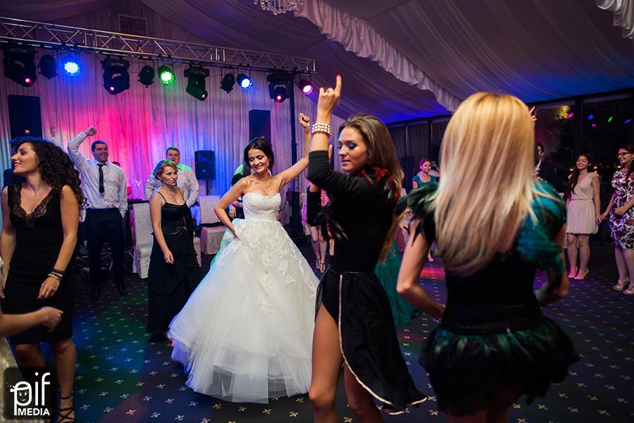 Fotografii de nunta Raluca si Bogdan 55