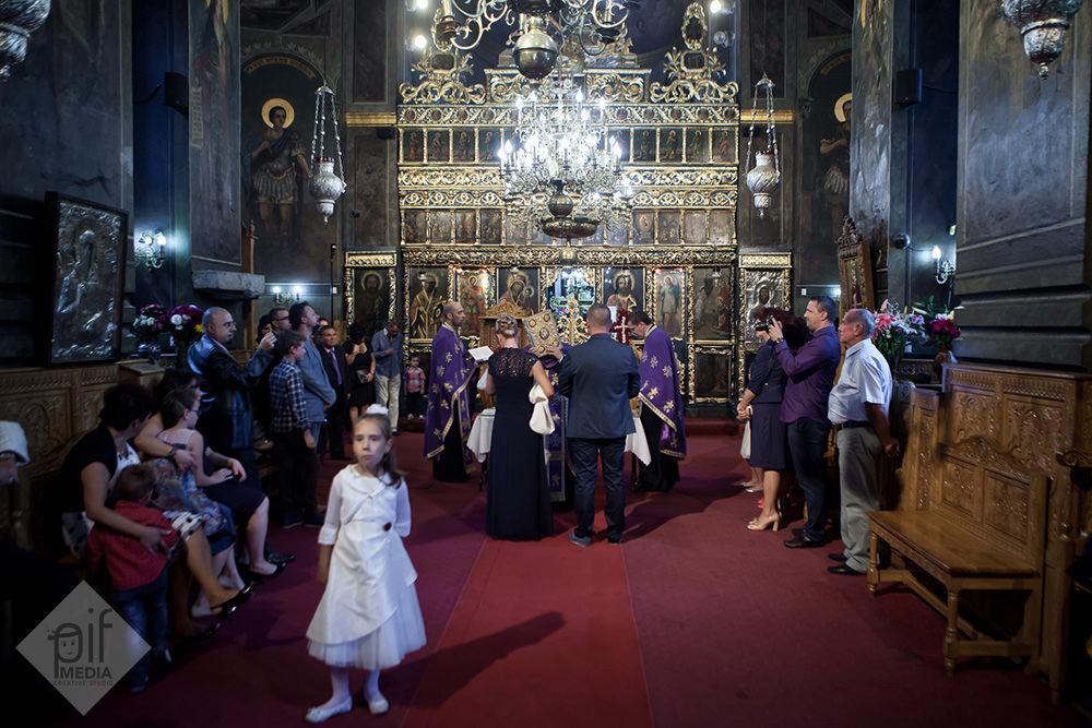 biserica cu toti invitatii la botezul antoniei