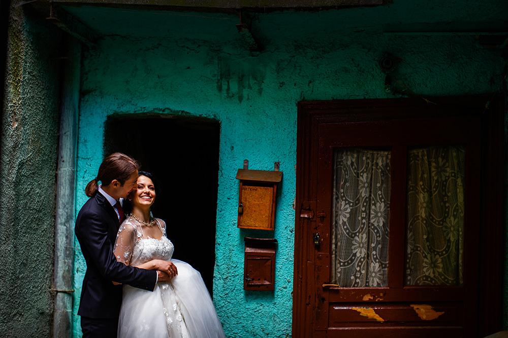 mirii irina si claudiu la sesiune foto din ziua nuntii in brasov