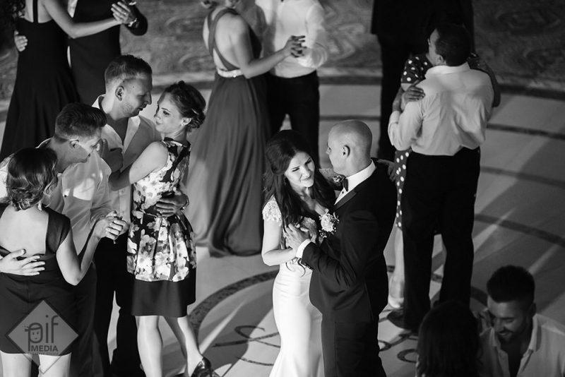 adela si ionut la sesiunea foto din ziua nuntii